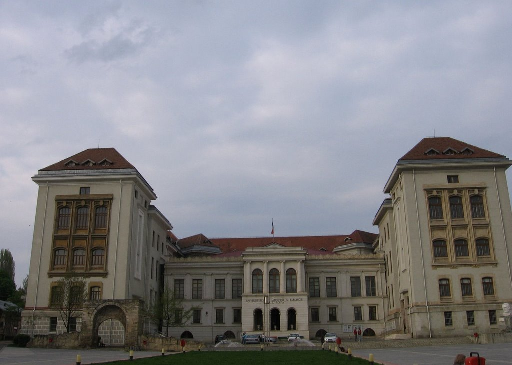 Admitere 2019: Concurență mare la UMF Iași