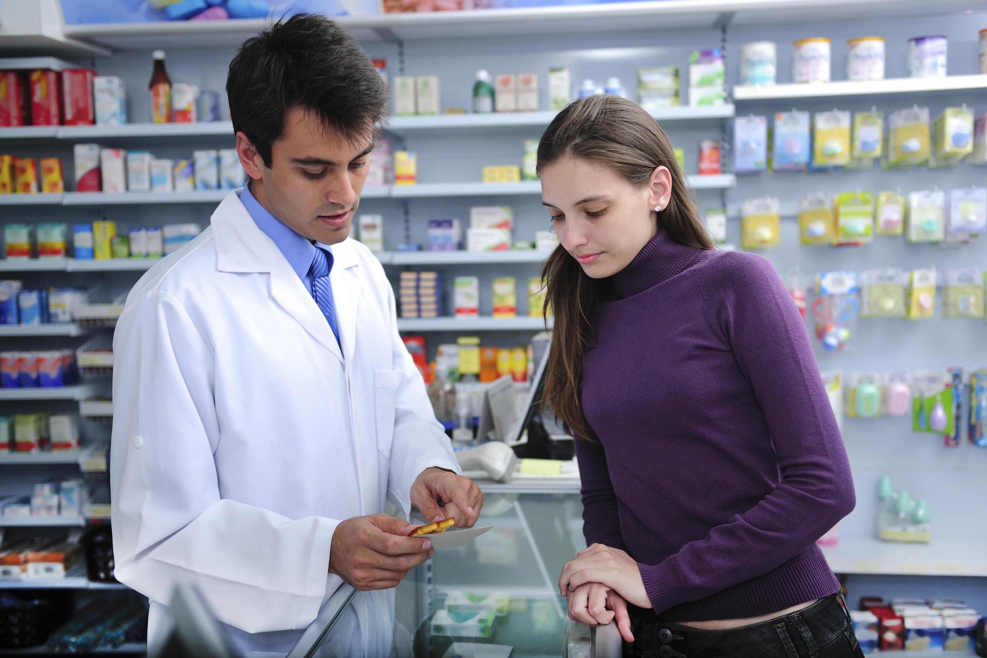 Absolvenții de Farmacie au două noi specialități la rezidențiat, începând din 2020