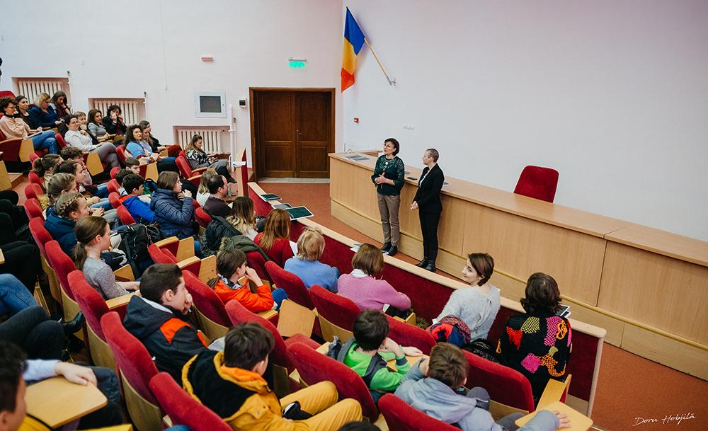 Workshop-uri despre efectele nocive ale alcoolului, tutunului și drogurilor, pentru elevi Erasmus, organizate de Facultatea de Farmacie, UMF Iași