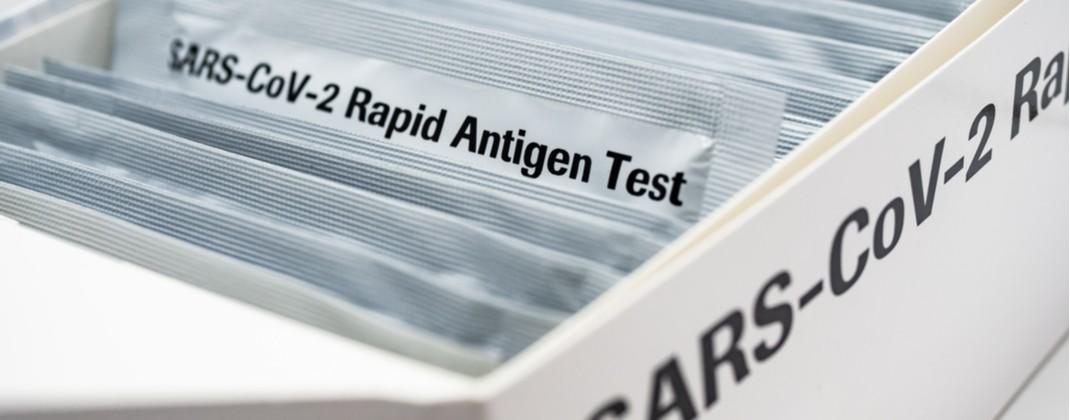 Colegiul Farmaciştilor din România: Precizări privind testarea antigenică rapidă în farmacii